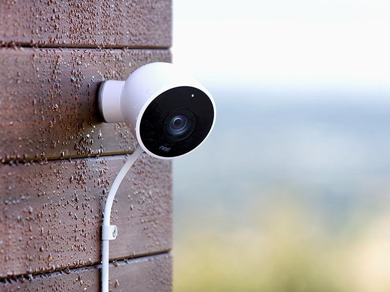 Nest IQ Cam außen montiert