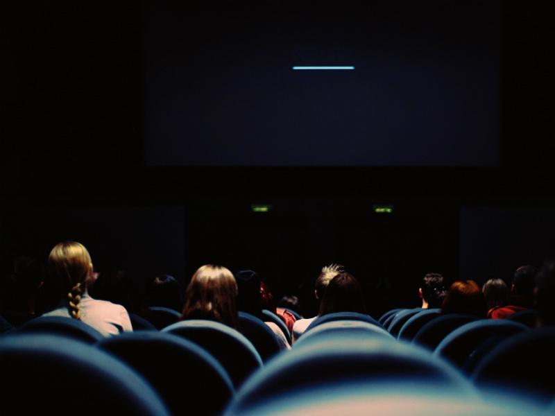 Kinosaal-erik-witsoe-unsplash