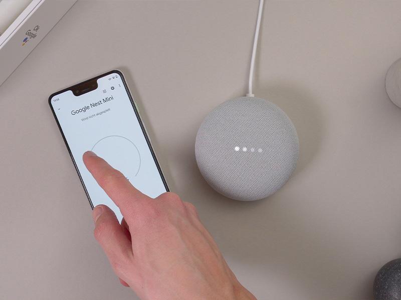 Google Nest Mini bei Google Home einrichten